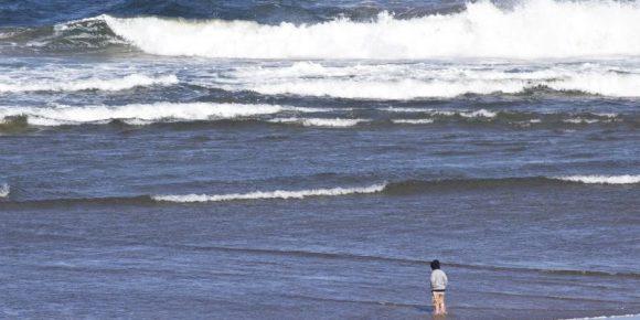 people-at-ocean-beach-1113tm-pic-494.jpg